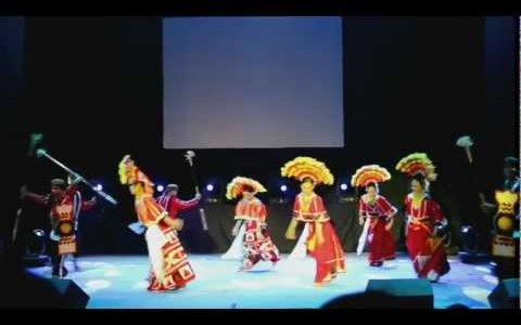 Hue Festival in Vietnam: Video philippinische Tanzgruppe